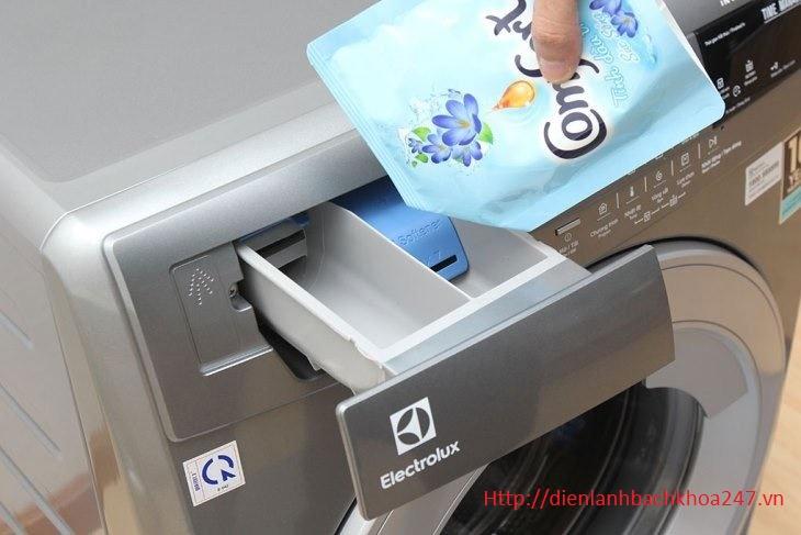 may-giat-electrolux-khong-cap-nuoc-xa-vai