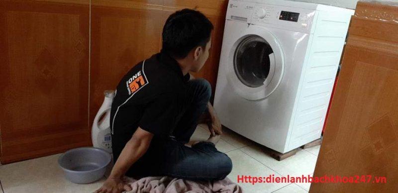 máy giặt bị sét đánh