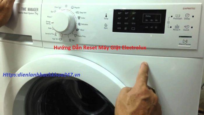 Huong-dan-reset-may-giat-Electrolux