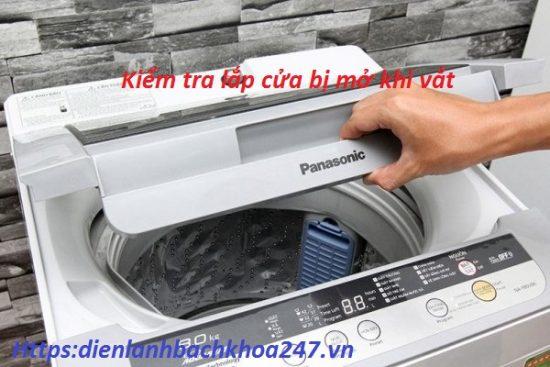 lap-cua-mo-dan-den-loi-u12